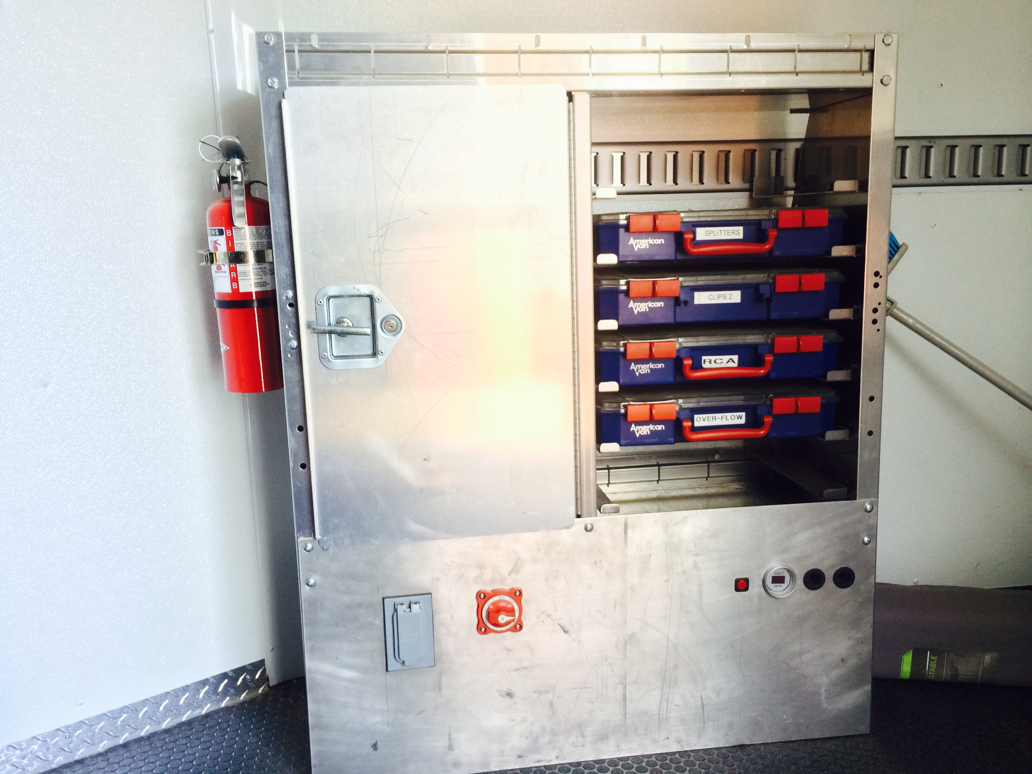 Cabinets For Cargo Trailers Wells Cargo 8x16 Enclosed Trailer For Sale