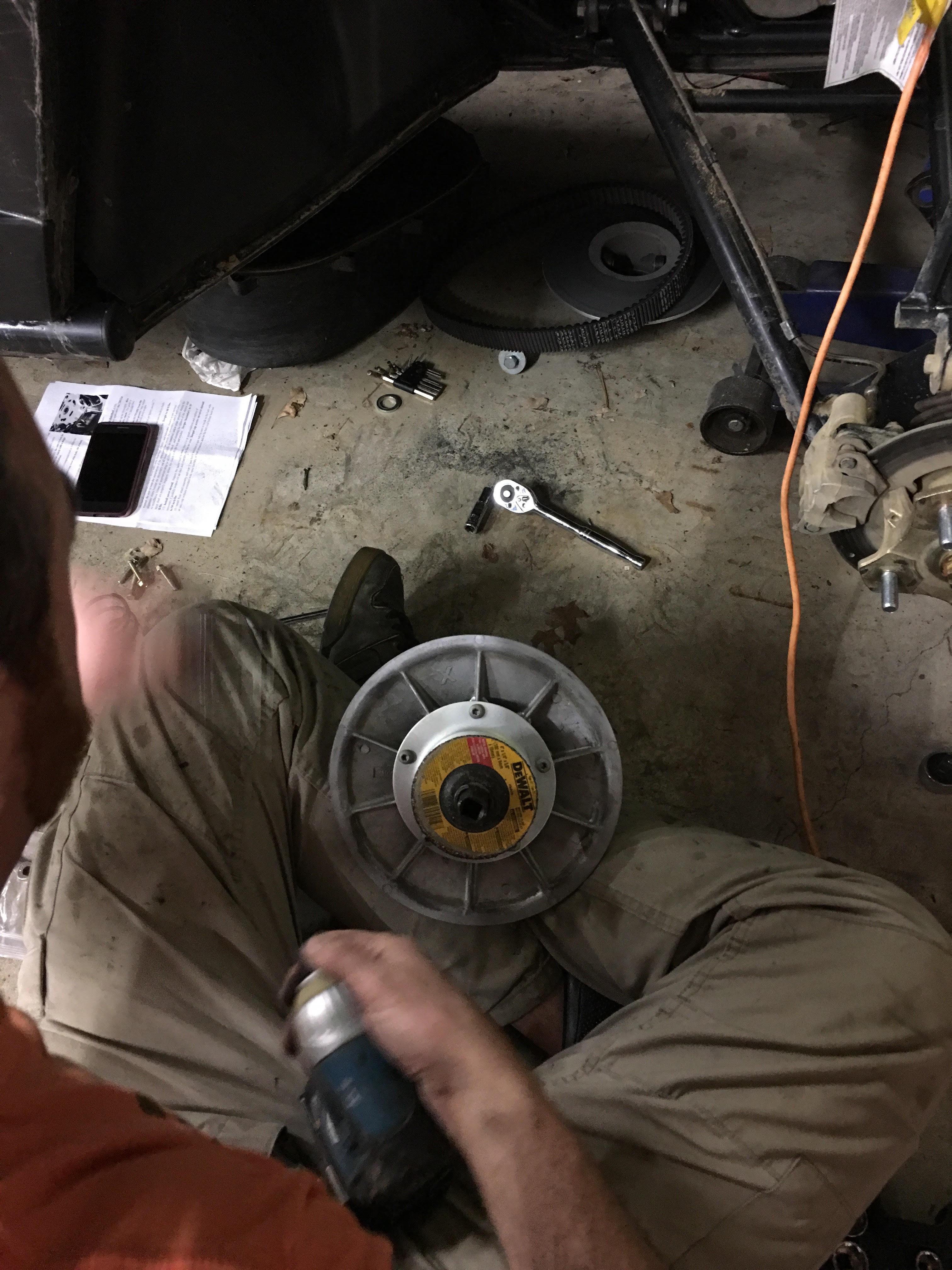 Name:  spring compressor.jpg Views: 138 Size:  1.28 MB